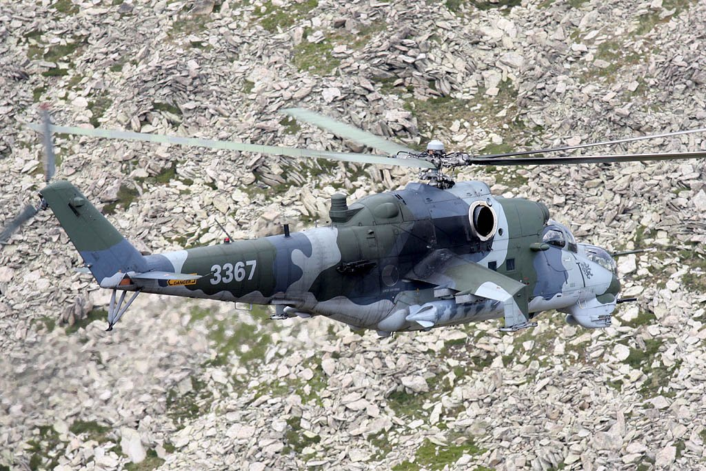Mil Mi-24 Hind - Page 5 Photo41
