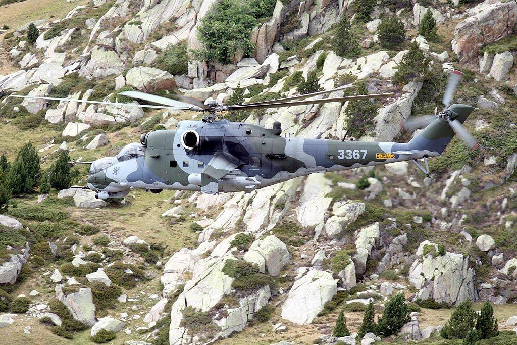 Mil Mi-24 Hind - Page 5 Photo42